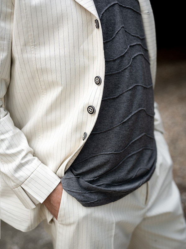 Jacke Cecil . Shirt Auguste . Hose Emile